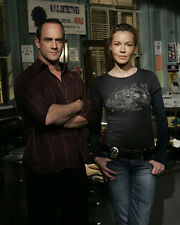 Law and Order : SVU [Cast] (42917) 8x10 Photo