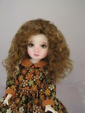 Monique ELLOWYNE ROSE Wig Gld Auburn Gld Str Size 6-7 YoSD BJD shown on Mia