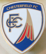CHESTERFIELD Club crest type badge Brooch pin in gilt 21mm x 25mm