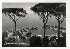 PORTO ISCHIA (ITALIE) VILLAS en vue aérienne en 1969