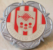 SHEFFIELD UNITED Vintage 70s 80s insert type Badge Brooch pin Chrome 30mm x 31mm