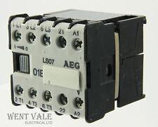 AEG LS07-910-302-031-99 - 16a 01E triple pole mini contacteur 12vac bobine onu-utilisé