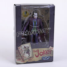 BATMAN V SUPERMAN: DAWN OF JUSTICE - FIGURA JOKER / JOKER FIGURE 18cm