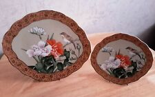 OUTSTANDING PAIR OF JAPANESE IKEBANA TYPE PLATES WITH FLORAL DESIG