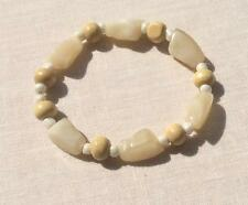 PRETTY VINTAGE EXPANDABLE POLISHED STONE CREAM COLOR & WOOD BEADED BRACELET