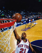 CHARLIE WARD NEW YORK KNICKS  ACTION SIGNED 8x10