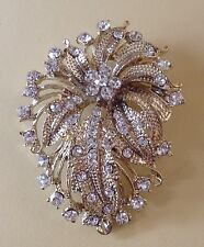 broche style vintage floral en relief couleur or tout de cristaux diamant /6