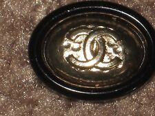 CHANEL  CC LOGO FRONT AUTH GOLD,  BLACK RESIN  BUTTON TAG 16 x 12 MM emblum