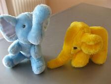 2 Elefanten Plüsch Plüschelefanten Blau u. Gelb, sitz.u.steh. Höhe ca.21 u.15 cm