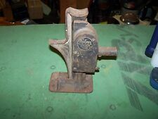 Vintage Antique Badger Walker No7 Automobile Jack Iron Made In USA 1 Ton Capacit