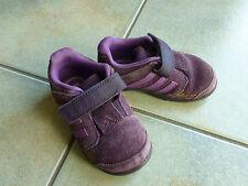 süße Schuhe Turnschuhe adidas Gr. 22 lila Wildleder Halbschuh Mädchen Jungen
