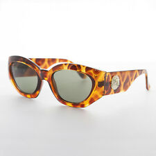 Oversized Cateye Women's Vintage Sunglasses with Gold Lion Detail Tortoise-Diva