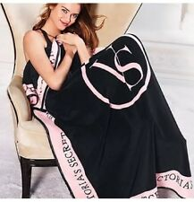 Victorias Secret New! Sherpa Blanket Black & Pink