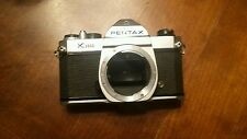 Asahi Pentax K1000 camera with 5 attachment lenses 35-70mm, 58mm and a 70-210mm