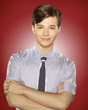 Glee UNSIGNED photo - E1881 - Chris Colfer