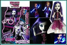 Monster High GHOULS ALIVE Spectra Doll - I GLOW Lights Up & Make GHOST SOUNDS !!