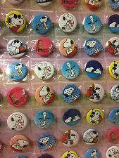 6pcs Snoopy 30mm Plastic Cartoon Badge Brooch Pin Birthday Party Lolly Bag Gift