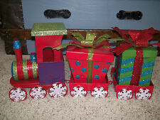 "19"" NIB 7 pc Metal CHRISTMAS TRAIN- SNOWFLAKE Express Table Decoration"
