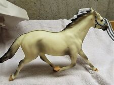 Breyer Vintage Special Run White Pacer Before the Wind 1997 LIMITED
