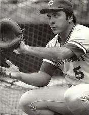 JOHNNY BENCH HALL OF FAME MEMBER CATCHING FOR THE CINCINNATI REDS CLASSIC