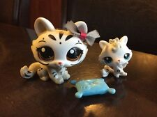 LPS Littlest Pet Shop # 3585 3586 Very RARE Mommy Baby Crouching Kitty Cat Tiger