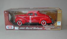 1:18 Motormax 1940 Ford Deluxe Coupe - Red