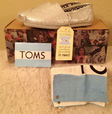 NWT TOMS Classics SILVER GLITTER Flats Shoes Womens size 9.5 M  9 1/2 M
