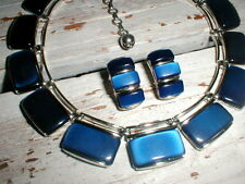 Stunning Lisner Thermoset Necklace & Clip On Earrings *Vintage Glam*