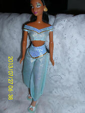 """DOLL COLLECTION DISNEY """"ALADDIN """" JASMINE DOLL LOVELY CLOTHES & SHOES ADULT"""
