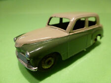 DINKY TOYS 154 AUSTIN MINX - GREEN + CREAM 1:43 - RARE SELTEN  - GOOD CONDITION