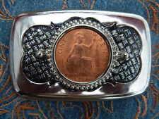 Nuevo británico década de 1960 pre Decimal moneda de un centavo Hebilla de Cinturón Plata Metal occidental