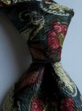 Ermenegildo Zegna Green with paisley & flower print  silk Tie Made in Italy