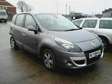 RENAULT SCENIC 2011 1.6 PETROL TOM TOM WHEEL BOLT STUD  GREY BREAKING