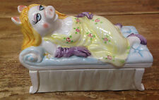 Miss Piggy Henson Sigma Taste Setter Covered Box Vintage Reclining Bed Chaise