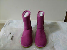 Ugg Classic Short Boots Woman Size 7 Fuchsia Pink New-VERY NICE!!!!!!