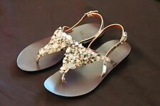 B Makowsky Gia Silver Beaded Stone Detail Sandals size 5M