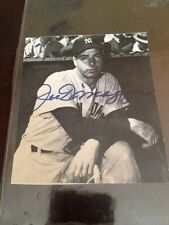 JOE DIMAGGIO SIGNED 3 1/2 By  3 1/2 Magazine Cut Out