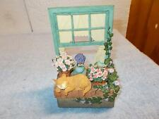 Beautiful Resin Material Cat Kitten In Window Music Box Somewhere Out There Cute