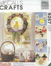 "McCall's 9257 Seasonal Dolls Twelve different 8""   Craft Sewing Pattern"