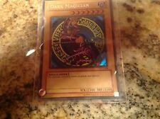 Dark Magician. Ultra Rare. Near mint. SDY-006.