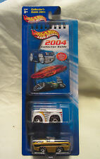 2004 HOT WHEELS COLLECTOR'S GUIDE & 2-CAR PACK - NEW
