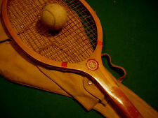 """VINTAGE """"GOLDSMITH"""" 1920""""s WOOD TENNIS RACQUET WITH ITS GOLDSMITH RACKET CASE"""