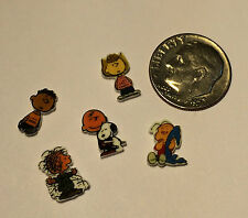 5 CHARLIE BROWN FLOATING LOCKET CHARMS SNOOPY LINUS FRANKLIN PIG PEN SALLY
