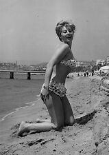 Photo originale Magali Noël plage bikini festival de Cannes 1960
