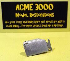 French dinky 507 simca 1500 break reproduction repro métal blanc côté droit porte