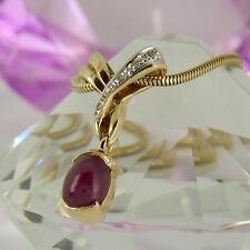 Anhänger + Kette in 585/- Gelbgold mit 1 Rubin ca 2,50 ct + 5 kleinen Diamanten
