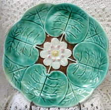 MAJOLICA MEDIUM POND LILY COMPORT EARLY 20TH CENTURY