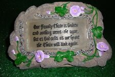 SOLAR MEMORIAL FLOWER ROCK WITH FAMILY CHAIN VERSE CEMETERY OR GRAVE ORNAMENT