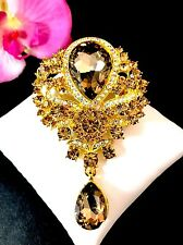 DAZZLING LARGE GOLD-TONE CHAMPAGNE AB RHINESTONE TEARDROP DANGLE BRIDAL BROOCH