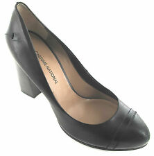CoSTUME NATIONAL Vero Cuoio Italian Leather Black Pumps US 9M Euro 39